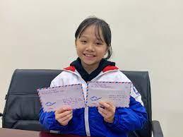 Bé gái lớp 4 viết thư cho Thủ tướng và góp tiền chống dịch 2019-nCoV |  Truyền thông