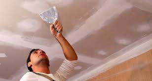 it cost to plaster a ceiling