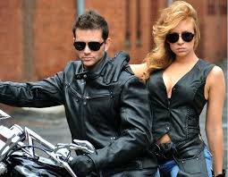 diffe ways of wearing biker vest