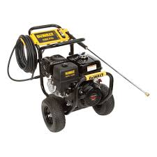 dewalt honda gx390 4 200 psi 4 gpm gas pressure washer 60577 the