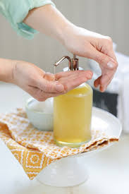 a diy homemade honey face wash that s natural and effective for cleansing the skin this