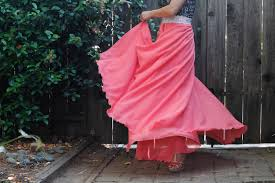 i haven t sewn in awhile due to my kitty passing away and another being really sick today i made a skirt i ve been meaning to make months ago when i saw