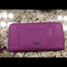 ... Coach Accordion Zip Wallet in Crossgrain Leather ...