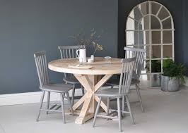 reclaimed wood round dining tables