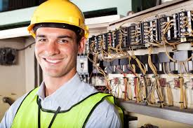 Construction Electrician Construction And Maintenance Electricians Can Find Work