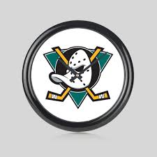 Mighty Ducks Movie Hockey USA NHL Round Wall Clock Bedroom Kitchen Home New