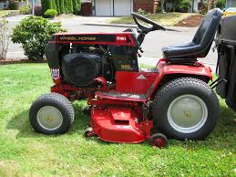 best garden tractor. 5 Of The Best Garden Tractor For Your Sizable Lawn Heavy Duty Needs