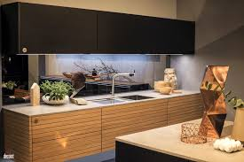 under cabinet led strip lights used to illuminate the kitchen countertop