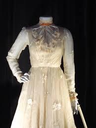 mary poppins jolly holiday dress detail