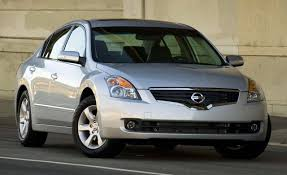 2008 Nissan Altima | Review | Reviews | Car and Driver
