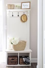 Small Entryway Best 25 Apartment Entryway Ideas On Pinterest Entryway Ideas