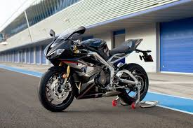 triumph s daytona moto2 765 limited