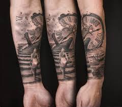 Arm tattoos, half sleeve tattoos, sleeve tattoos. Pin Von Ori Lupo Auf Forearm Tattoo Men In 2020 Tattoo Uhr Armeltatowierungen Tattoo Vorlagen Arm