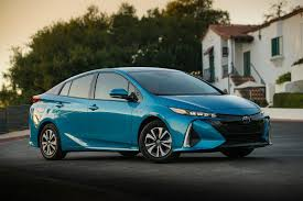 Toyota Prius Comparison Chart Take Your Pick The Difference Between Prius Models