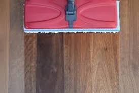 flat microfiber mops are safest for wood floors when they are dry