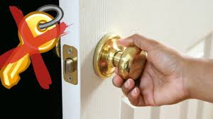 How To Unlock A Locked Door How To Open A Locked Door Without A Key Youtube