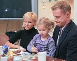 Все новости, сколько зарабатывает, статистика 2021, результаты карьеры, семья, фото и видео на sports.ru Marina Malafeeva I Vyacheslav Malafeev Rossijskaya Gazeta