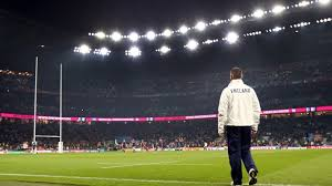 stuart lancaster stares at the posts