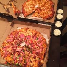 photo of round table pizza claremont ca united states pizzas came a