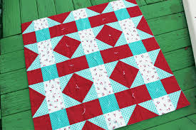 How to Tie a Quilt - Crafty Gemini & How to Tie a Quilt Adamdwight.com