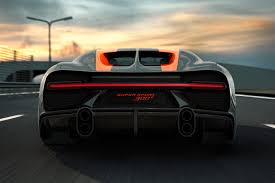 The chiron super sport 300+ bodywork has been extended and aerodynamically optimized for extremely high speed performance. Bugatti Chiron Super Sport 300
