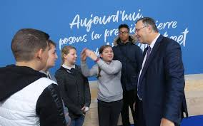 A Stains Total Voit Lapprentissage En Grand Le Parisien