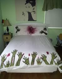 Awesome bed sets decorating ideas