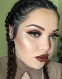 ella es mayra touch of glam una reconocida vlogger de belleza cuyo c en you sobrepasa