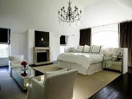 bedroom chandelier lighting. How To Choose The Suitable Master Bedroom Lighting » Chandelier R