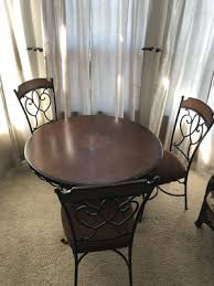 tulare ca 5 pc cherry oak dining table set 4th chair not pictured needs some s on