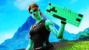 Ghoul trooper holding keyboard