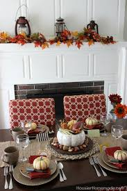 Simple to make Thanksgiving Table Decorations