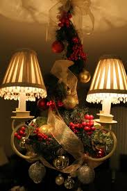 17 gorgeous chandelier for a yuletide home decor 3