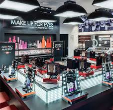 make up sessions at the make up for ever paris academy make up for ever