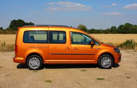 Volkswagen Caddy Maxi Life Estate Review (2015 - )   Parkers