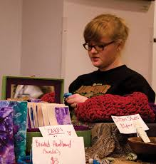 Handmade Market bustles at Fiddlers Convention – The Appalachian