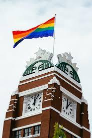Výsledok vyhľadávania obrázkov pre dopyt ceo starbucks gay