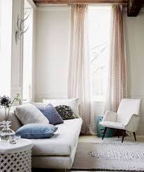 decorate small living room ideas. 16 Decorator Tricks For Small Living Rooms And More Decorate Room Ideas O