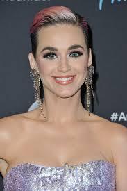 katy perry crystal chandelier earrings crystal chandelier earrings lookbook stylebistro