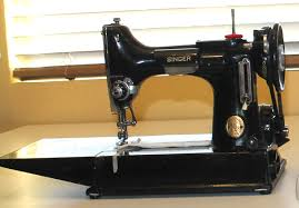 How to Free-Motion Quilt on a Regular Sewing Machine & Vintage Singer Sewing Machine Adamdwight.com
