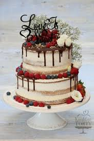 Latest Wedding Cake Designs That You Can Customize For Your Big Day