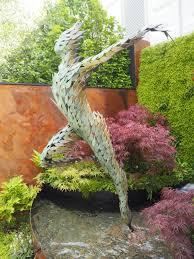 2016 chelsea flower show simon gudgeon celeste sculpture photo credit ursula petula