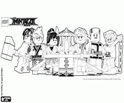 Lang geleden schiep de eerste kapitein van spinjitzu de ninjago wereld, met behulp van de kapitein vormde de wereld met behulp van de vier mystieke wapens van ninjago: Kleurplaten De Lego Film Kleurplaat