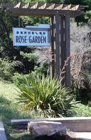 rose garden sign 2010 photo r kehlmann
