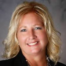 Colleen Voss with Mid-Continent Properties - Home | Facebook