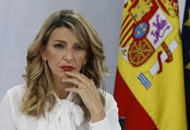 Uno de los falsos másteres de Yolanda Díaz ya aparecía en los periódicos en  2012 - Libre Mercado
