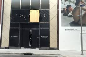 Burberry Design District Burberrys Design District Store To Be The Areas Coolest