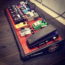 guitar pedalboard setup idea black and red board