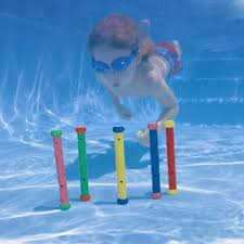 Resultado de imagen de juegos en piscina