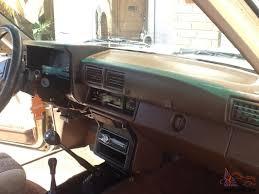 TOYOTA 4x4 DIESEL TRUCK, EXTRA CAB, PWR STEERING, ORIGINAL, LOOOOK